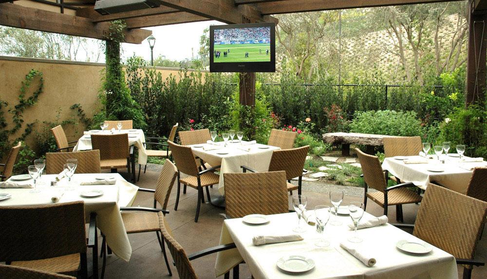 Restaurant TV